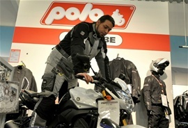 POLO-Motorrad motorcycle gear and motorcyclist testing Pharao Tour 2 on a BMW