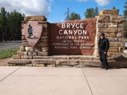 Motorcyklist ved Bryce Canyon National Park