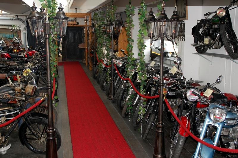 Tour Motorradmuseum Motorbär image