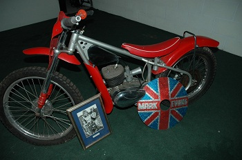 Tour Park Hall Classic Car & Motorcycle Collection image