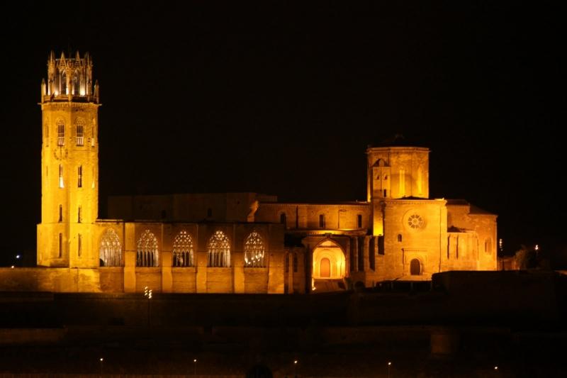 Tour Castells i catedrals catalanes. image