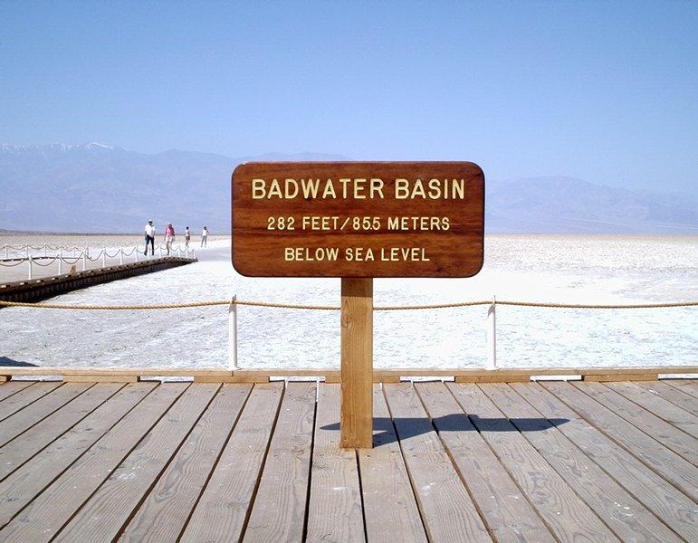 Tour Death Valley image