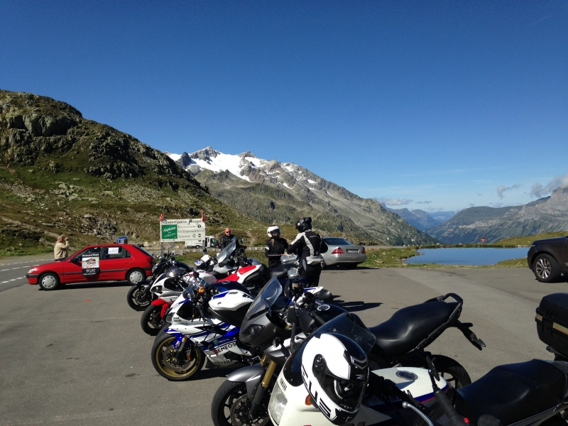 Tour Central Swiss 5-Pass-Tour: Sustenpass-Grimselpass-Passo della Novena-Passo del Lucomagno-Oberalppass image