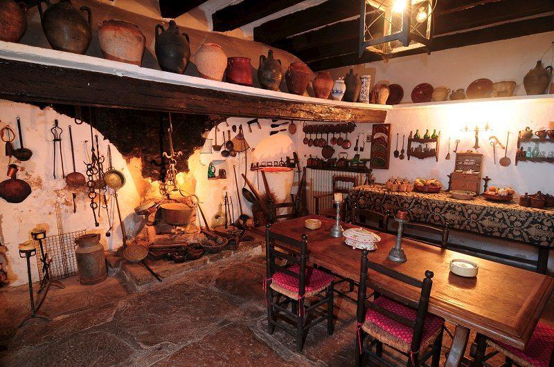 Tour Castells i pobles amb encant image