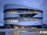 Tour Mercedes-Benz Museum image