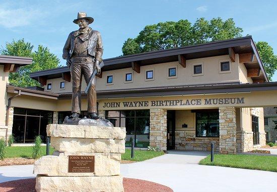 Tour Des Moines to John Wayne Museum & Pammel St. Park image