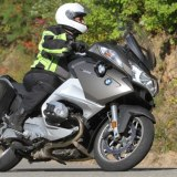Motorcyclist on BMW who use Tourstart for mc route planning